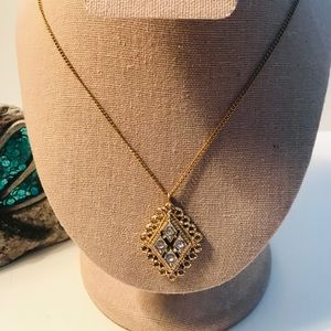 """VINTAGE 1972 SARAH COVENTRY """"CANDLELITE"""" NECKLACE"""